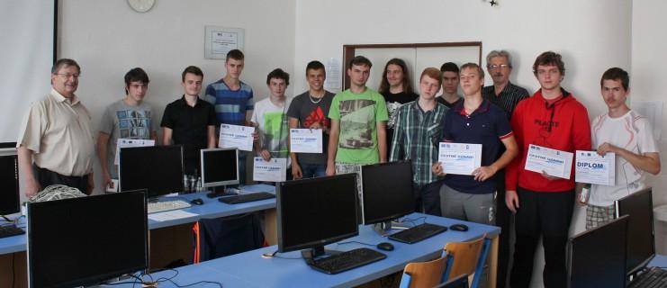 7. ročník Soutěže programování hradlových polí ve VHDL