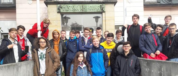 Tematická exkurze 1. ročníků v Městské knihovně v Rožnově pod Radhoštěm